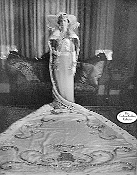 Queen's Photo from the 1930s