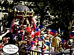 King & Queen on Parade Float: Front View