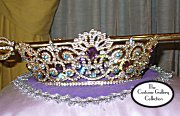 Queen's Robe Train: Crown
