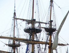 TO An Elizabethan Lady & Tall Ships Slideshow